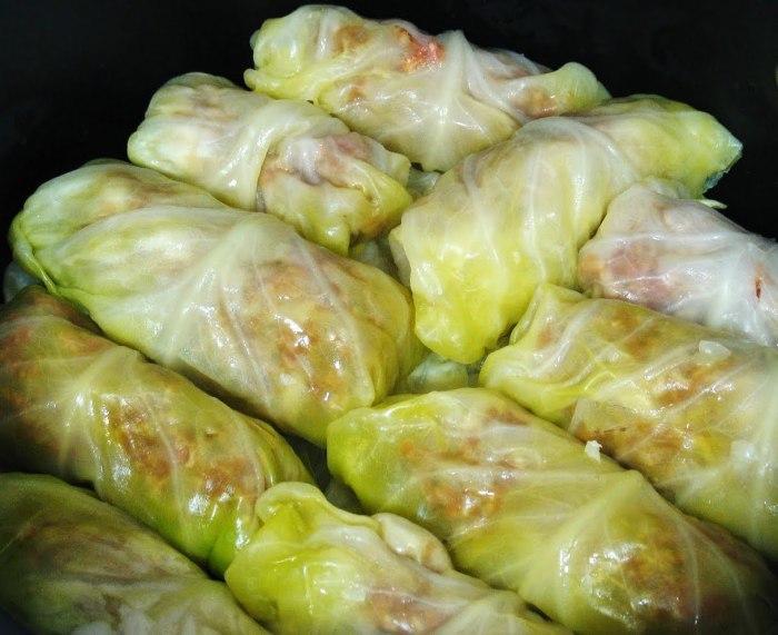stuffed cabbage rolls 011